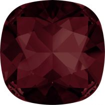 Cabochon Carré 4470 Burgundy 12mm x1